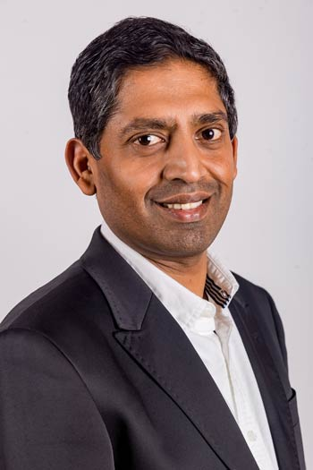 Dr. Hari Raj, Ayurveda-Arzt